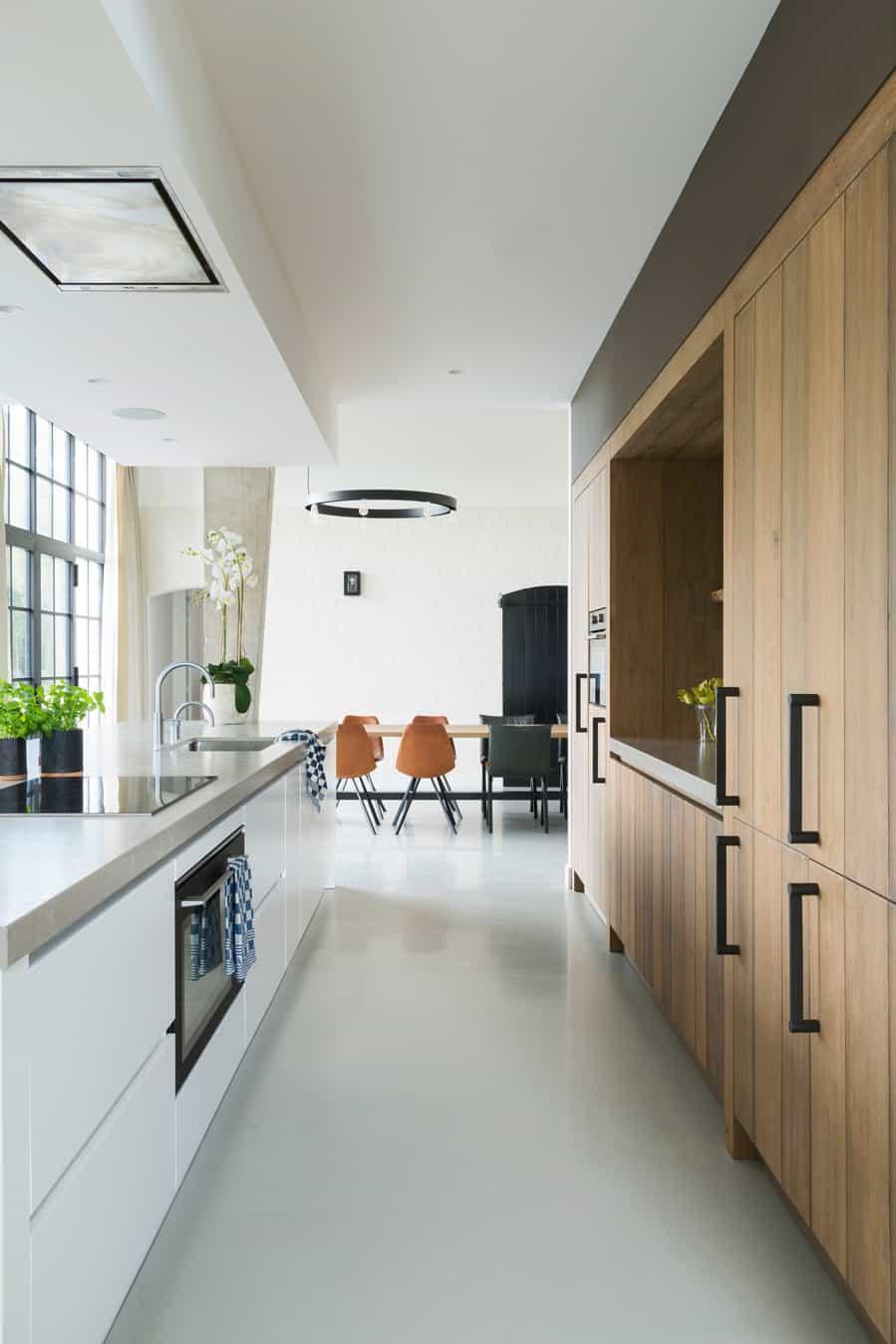 Keuken wit met hout